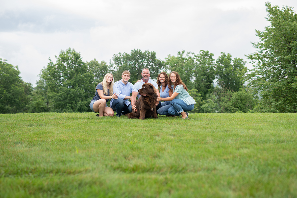 The 5 best basic poses for family portraits